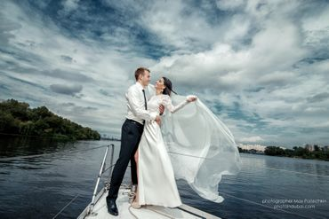 Marine white long wedding dresses