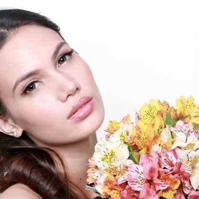 Alstroemeria wedding bouquet