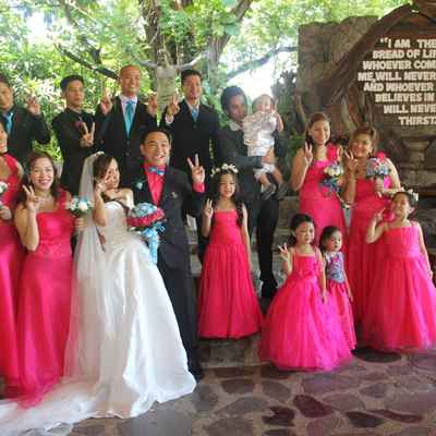 Pink kids at wedding