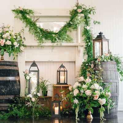Ivory wedding photo session decor