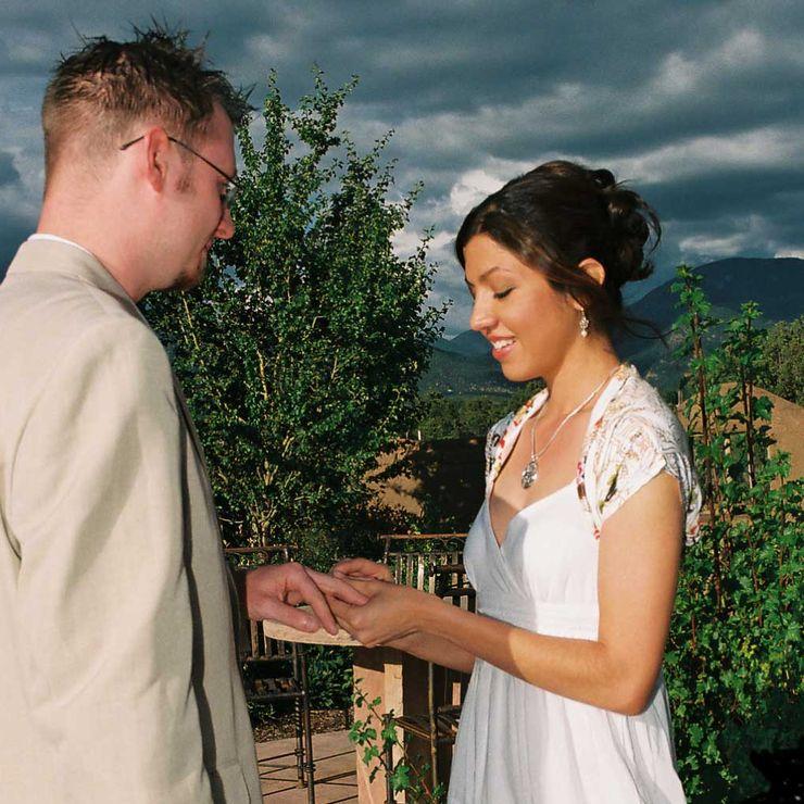 Ring, sky, love!
