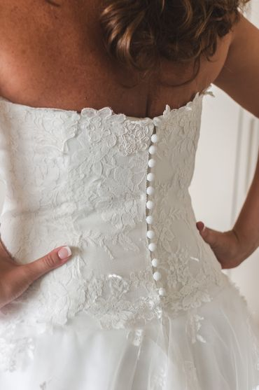 White lace wedding dresses