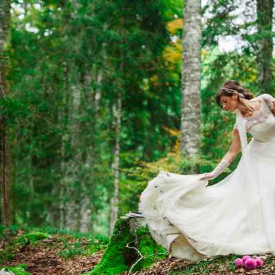 Outdoor summer long wedding dresses