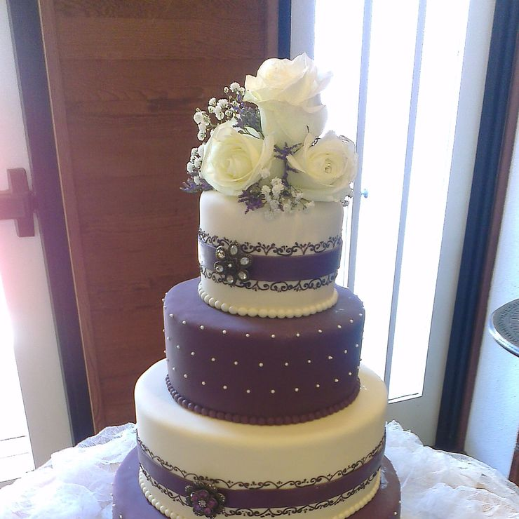 Krumbs Wedding cakes