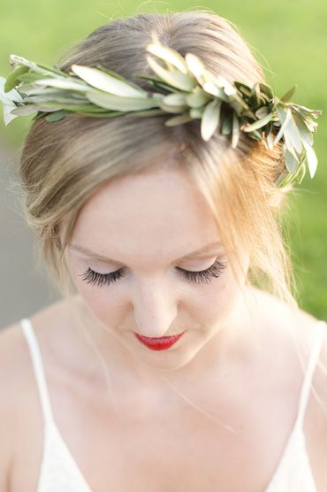Outdoor green wedding headpieces, veils, cover-ups & brooches