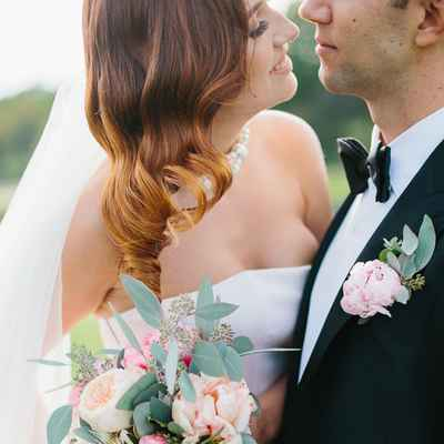 Outdoor ivory rose wedding bouquet