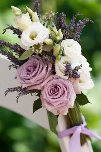 White wedding floral decor