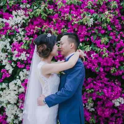 Outdoor white wedding photo session ideas