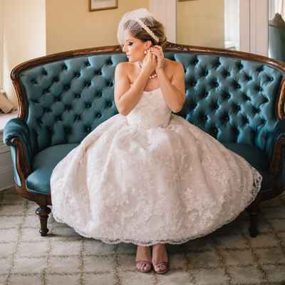 Overseas ivory short wedding dresses