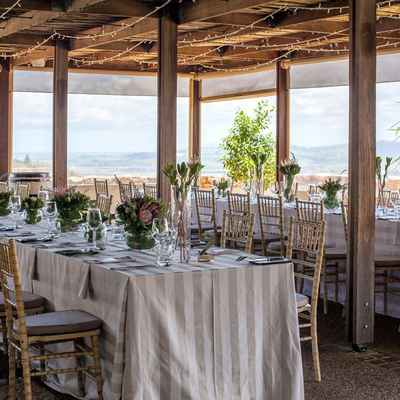Overseas grey wedding reception decor