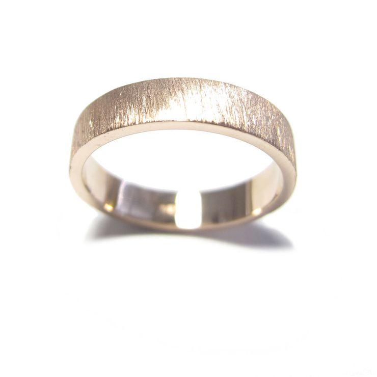 matching gold wedding ring design for diamond engagement ring