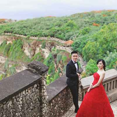 Outdoor red long wedding dresses
