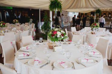 Overseas wedding reception decor
