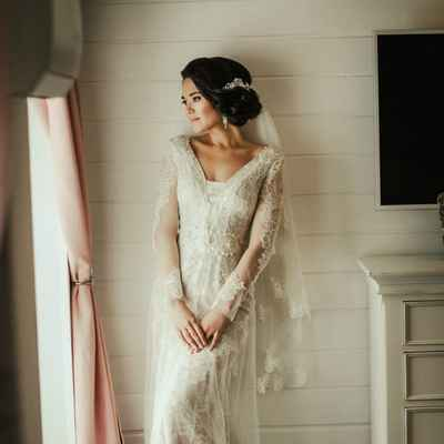 Overseas ivory long wedding dresses