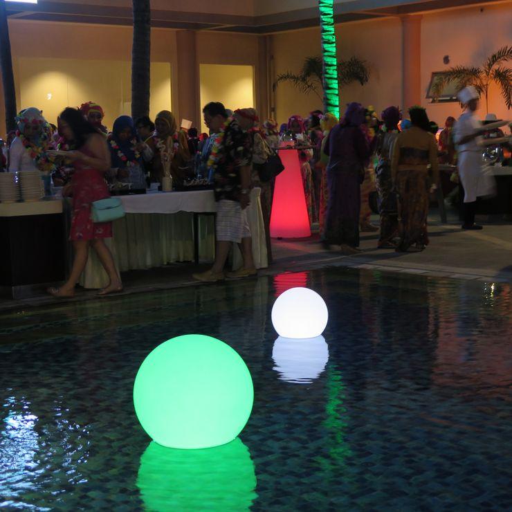 Illuminated Balls