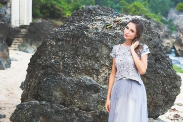 Outdoor grey closed wedding dresses