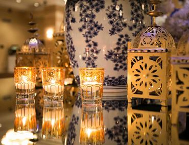 Overseas gold wedding reception decor