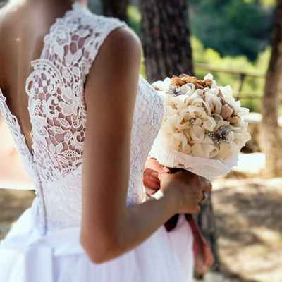 Outdoor ivory alternative wedding bouquet