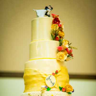 Yellow wedding cakes