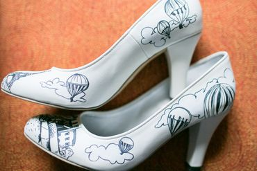 Overseas white wedding shoes
