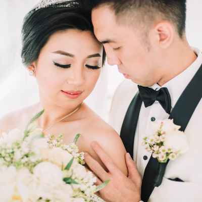 Overseas wedding photo session ideas