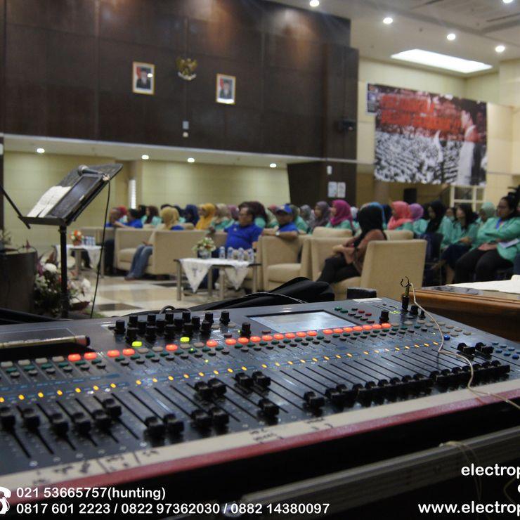 KPP Madya Jakarta Crowd Enterainment
