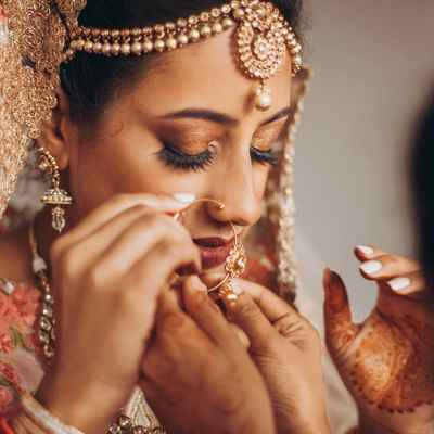 Brown ethnical bridal hair and make-up