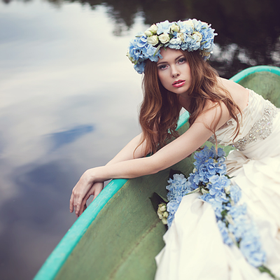 Outdoor blue bridal style