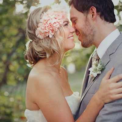 Rustic summer bridal style