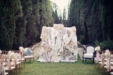 English ivory wedding ceremony decor